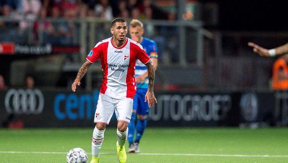 Sergio Peña jugando contra el PEC Zwolle. (Foto: RTV Drenthe)