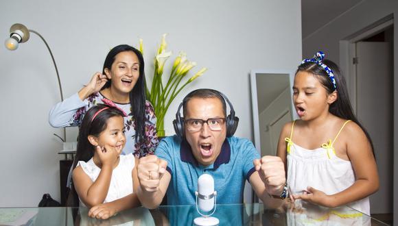 Daniel Peredo, su esposa Milagros Llamosas Salas y sus dos hijas. (Foto: USI)