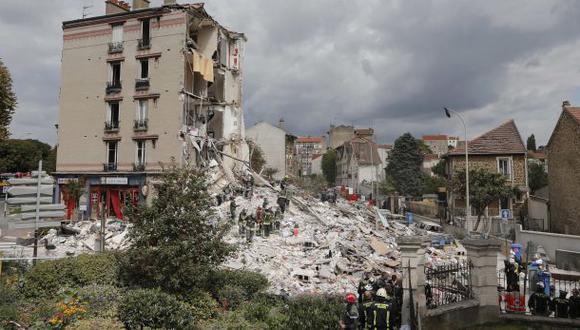 Francia: Edificio se derrumba y deja al menos tres muertos