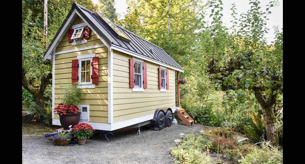 """Bautizada como """"Bayside Bungalow"""", la casa se encuentra en la ciudad de Olympia, Washington. Con solo 15 metros cuadrados sus ambientes son ideales para una pareja joven. (Foto: Airbnb)"""