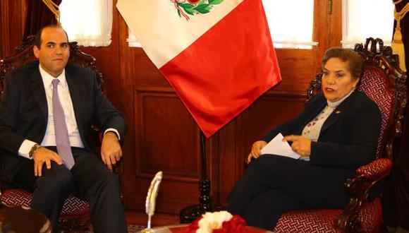 """La presidenta del Congreso, Luz Salgado, exigió una rectificación a Fernando Zavala luego de que este afirmara que el Parlamento """"hace abuso de poder"""". (Foto: Archivo El Comercio)"""