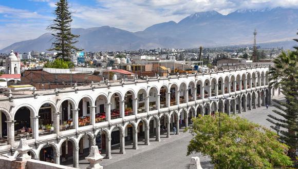 CENTRO HISTÓRICO DE LA CIUDAD DE AREQUIPA. Los edificios del centro histórico de Arequipa son representativos de la fusión de las técnicas de construcción europeas y autóctonas. (Foto: Shutterstock)