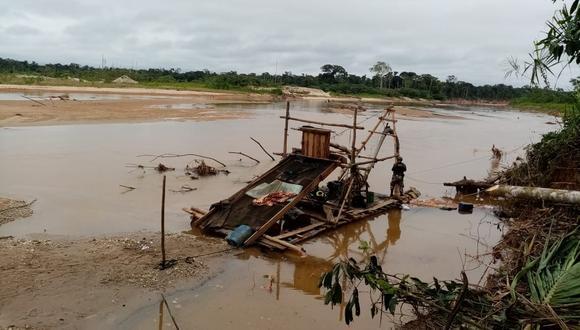 Tres operaciones se realizaron este fin de semana contra la minería ilegal, en trabajo conjunto de las Fuerzas Armadas, Policía Nacional y Ministerio Público. (Foto: Fiscalía Ambiental / Cortesía)