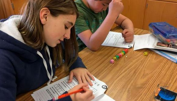 Las calificaciones que los estudiantes obtienen en sus exámenes influyen en las elecciones de carrera, pero no son el único factor. (Foto: Getty)