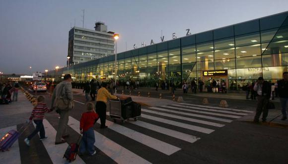 """""""Los aeropuertos modernos necesitan accesibilidad, conectividad y un sistema multimodal que no solo proporcione alternativas de transporte seguro a los pasajeros"""", señala Vera (Foto: Andina)"""