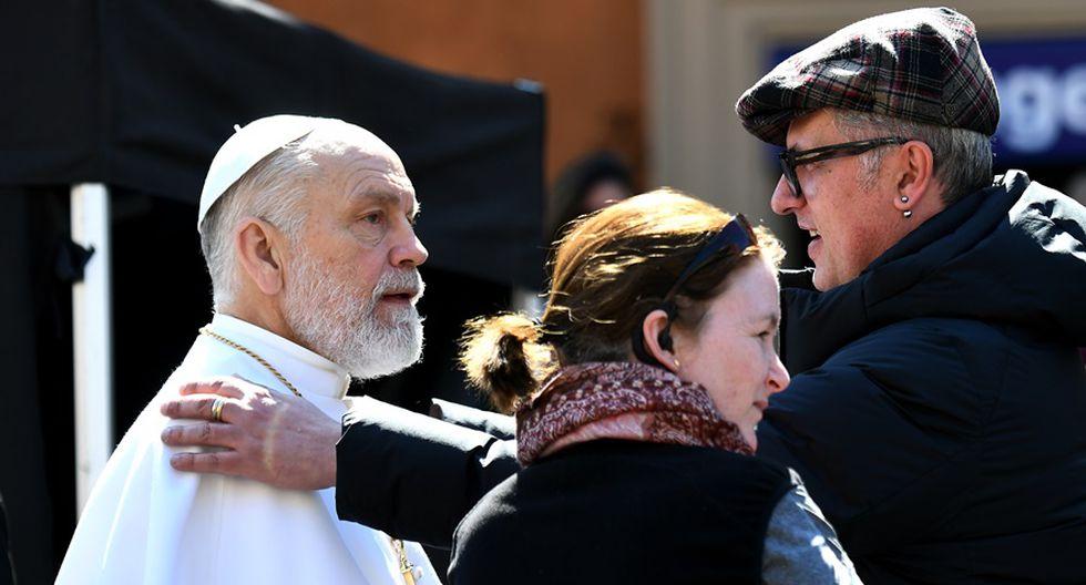 "John Malkovich rodando escenas para ""The New Pope"" en Roma. (Foto: AFP)"