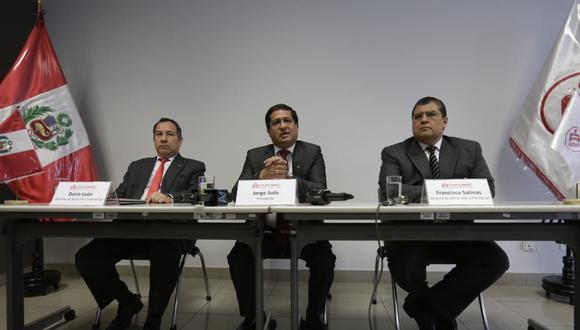 La federación de cajas municipales realizó un conferencia de prensa esta mañana.  (Foto: Anthony Niño de Guzmán / El Comercio)