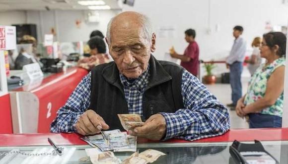 """""""El retiro de las cuentas individuales significará cerca de S/. 50 mil millones (6% del PBI) que reducirá las tasas de reemplazo (la relación pensión sobre salario) en más de 20 puntos porcentuales"""", agrega Tuesta. (Foto: Andina)"""