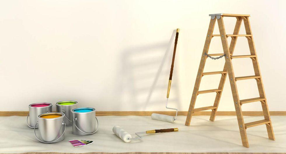 Hora de probar. Antes de seleccionar el color, compra una mínima cantidad del matizado y pruébalo en uno de los muros, a fin de observar cómo se aprecia realmente con la luz interior. (Foto: Getty Images)