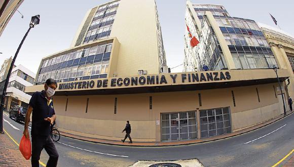 Se trata de María del Carmen Leonor Suárez Ognio, consultora en la Dirección General de Programación Multianual de Inversiones. (Foto: El Comercio)
