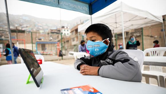 Donación es parte del proyecto de conectividad educativa La Escuela de Lima. (Foto: Municipalidad de Lima)