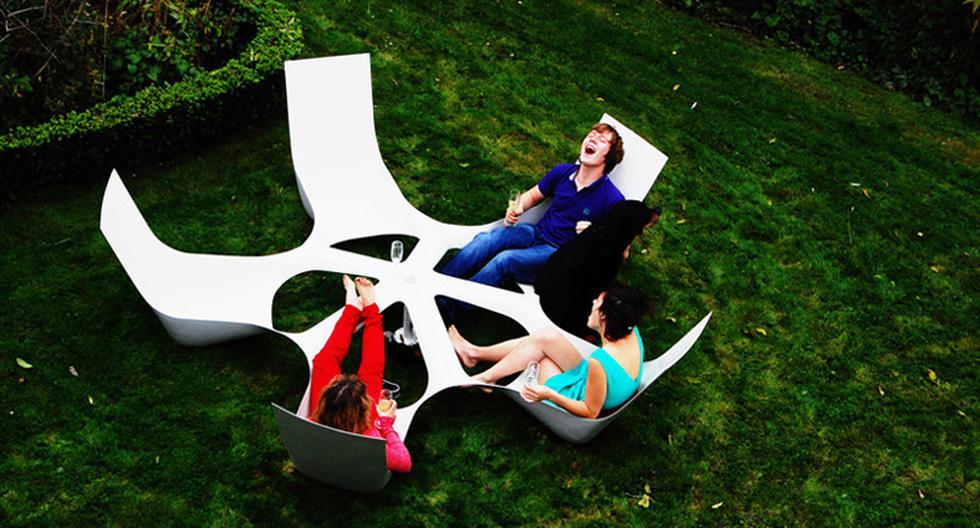 Bottlebench, el mueble creado para beber con los amigos en casa - 1