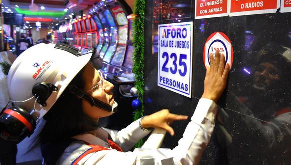 Sunafil está realizando diversos operativos con el fin de prevenir accidentes en estos establecimientos al ser visitados por numerosas personas a pocos días del Año Nuevo. (Foto: Andina)