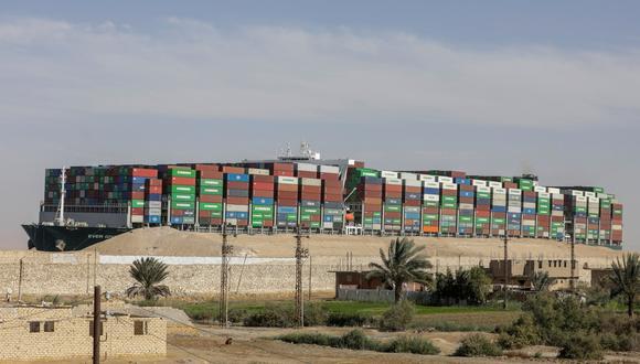 La embarcación Ever Given, que bloqueó el Canal de Suez, ha hecho que el gobierno egipcio se decide ampliar el canal. REUTERS