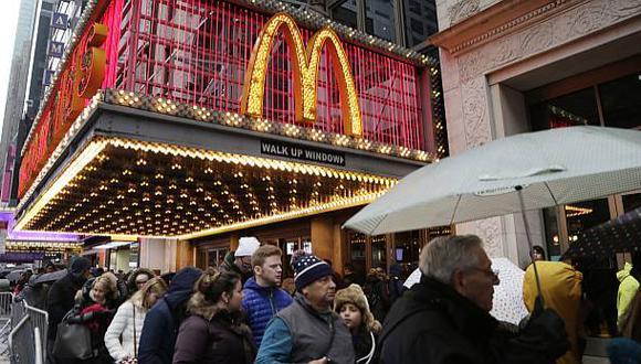 McDonald's elevó ventas trimestrales pero sus ingresos cayeron