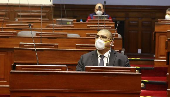 El ministro de Justicia y DD.HH., Fernando Castañeda, afirmó que su cargo está a disposición del presidente Martín Vizcarra, tras la muerte de nueve reos en el penal de Castro Castro.  (Foto: Congreso)