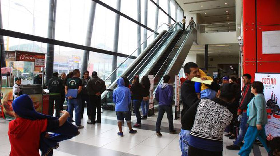 Ventanilla: Plaza Vea cerró escaleras eléctricas por seguridad - 3