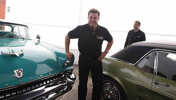 Chip Foose, el artista en remodelar y restaurar vehículos