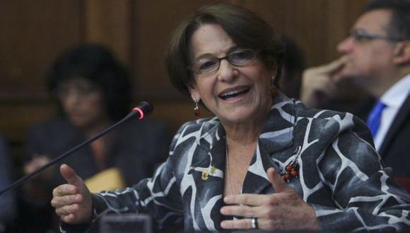 Susana Villarán no confirma si acudirá a citación del Congreso