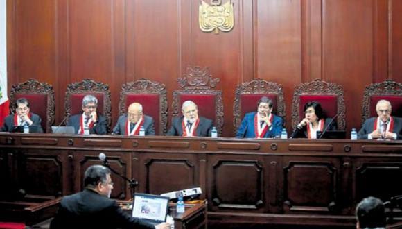 """""""El tribunal debe ser constitucional. Constitucional, y nada más"""". (GEC)"""