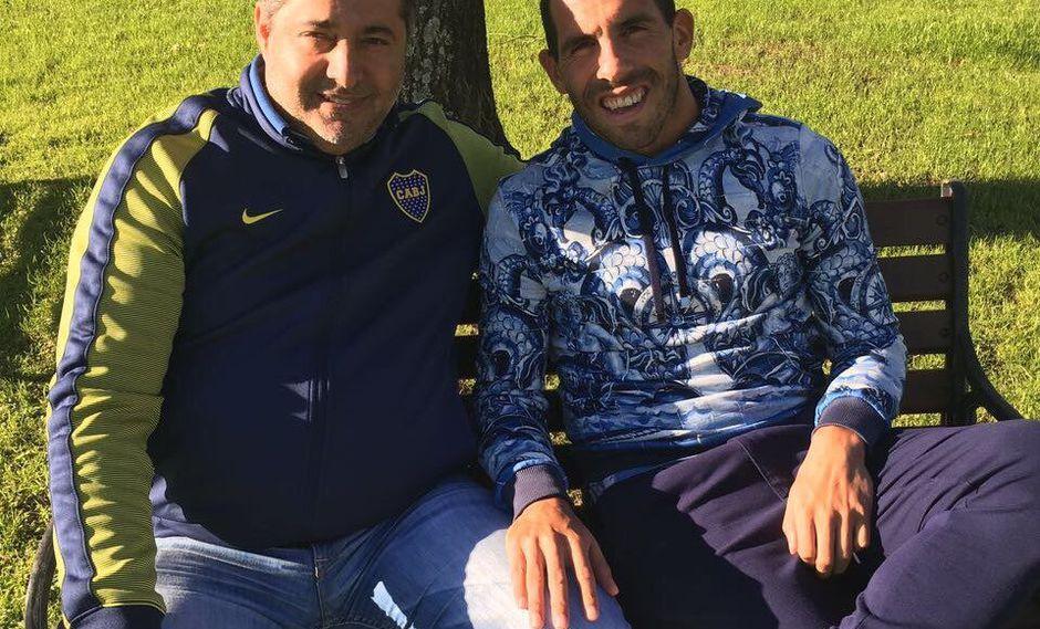 El 'Apache' se encuentra en Buenos Aires recuperándose de una lesión y disfrutando de sus vacaciones, pero el presidente del club xeneize confirmó que por ahora no regresa al club. Foto: Twitter
