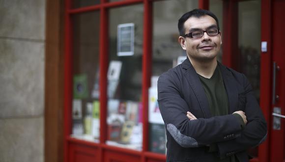 """Marco García Falcón, ganador en la categoría de Novela por """"Esta casa vacía"""". (Foto: El Comercio)"""
