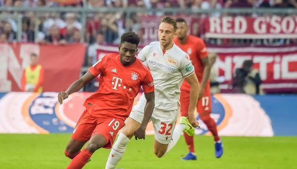 Alphonso Davies juega como lateral zurdo en el Bayern Munich. (Foto: AFP)