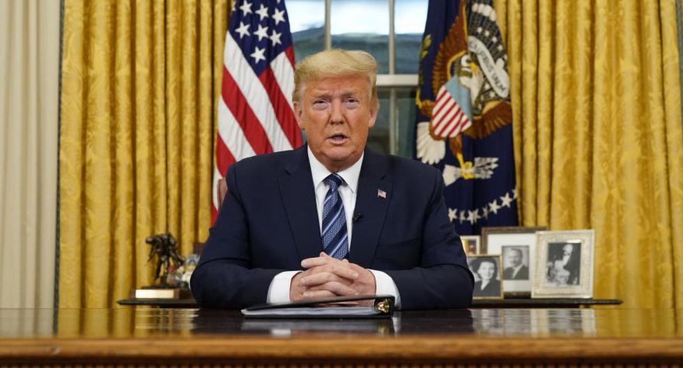 El presidente Donald Trump habla en un discurso a la nación desde la Oficina Oval en la Casa Blanca sobre el coronavirus en Washington. (Foto: AP).