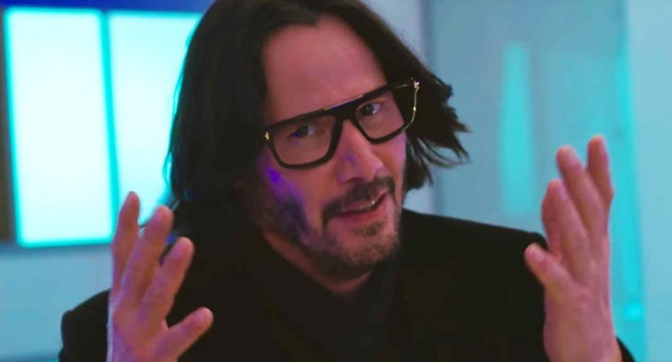 'Keanu Reeves Walkign To Music ', el último fenómeno viral protagonizado por el popular actor. (Fotos: Netflix)