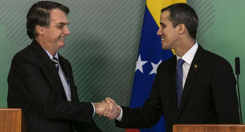 Juan Guaidó es recibido por Jair Bolsonaro en Brasilia. (AFP).