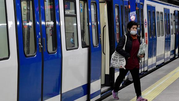 Coronavirus en España   Ultimas noticias   Último minuto: reporte de infectados y muertos lunes 13 de abril del 2020   Covid-19   España empezó a relajar este lunes algunas mediadas de confinamiento. (AFP / JAVIER SORIANO).