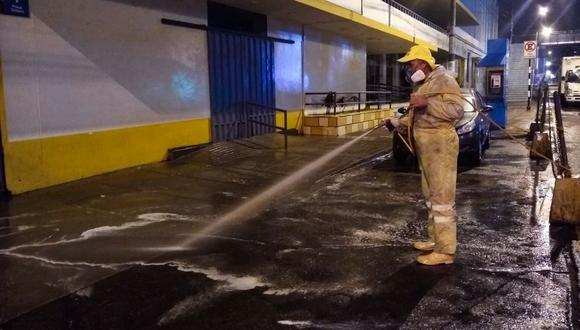Los obreros de limpieza contaron con los implementos de protección personal. (Municipalidad de Lima)