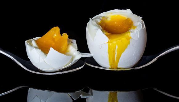 Este huevo se sirve en su propia cáscara que ir abriéndolo con la cuchara. (Foto: Myriam Zilles / Pixabay)