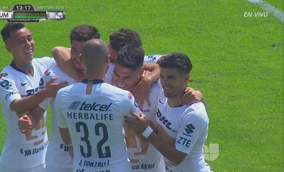 El chileno Felipe Mora erró su disparo de penal, pero en el rebote logró meter la pelota al arco de Puebla. (Foto: captura de video)