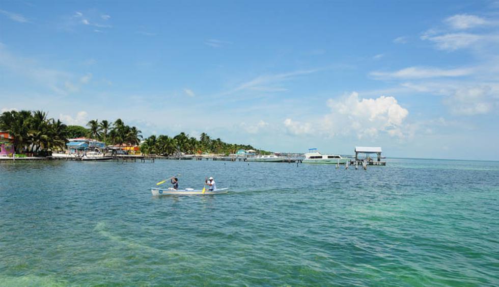 La mejor isla tropical/ Belice. Es un destino ideal para quienes viajan solos y buscan un pedazo del paraíso. Es un destino libre de autos, contaminación auditiva y se pueden practicar una serie de deportes acuáticos. (Foto: Shutterstock)