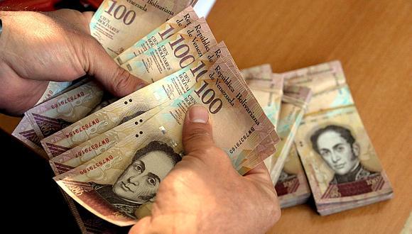 La inflación mensual en Venezuela habría sido de 221% en noviembre del 2016, lo cual equivale a que los precios se dupliquen cada 17 días. (Foto: AFP)