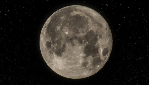 El descubrimiento se hizo en la cuenca Aitken, ubicada en el polo sur dela Luna.(Referencial - Pixabay)