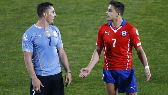 Alexis Sánchez se quejó del juego fuerte de los uruguayos