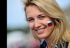 México vs. Rusia: aficionadas rusas roban la atención de las cámaras fotográficas