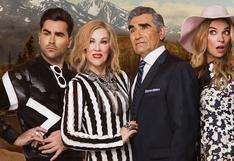 """""""Schitt's Creek"""": ¿de qué trata la comedia canadiense que triunfó en los Globos de Oro 2021 pero que casi nadie ha visto?"""