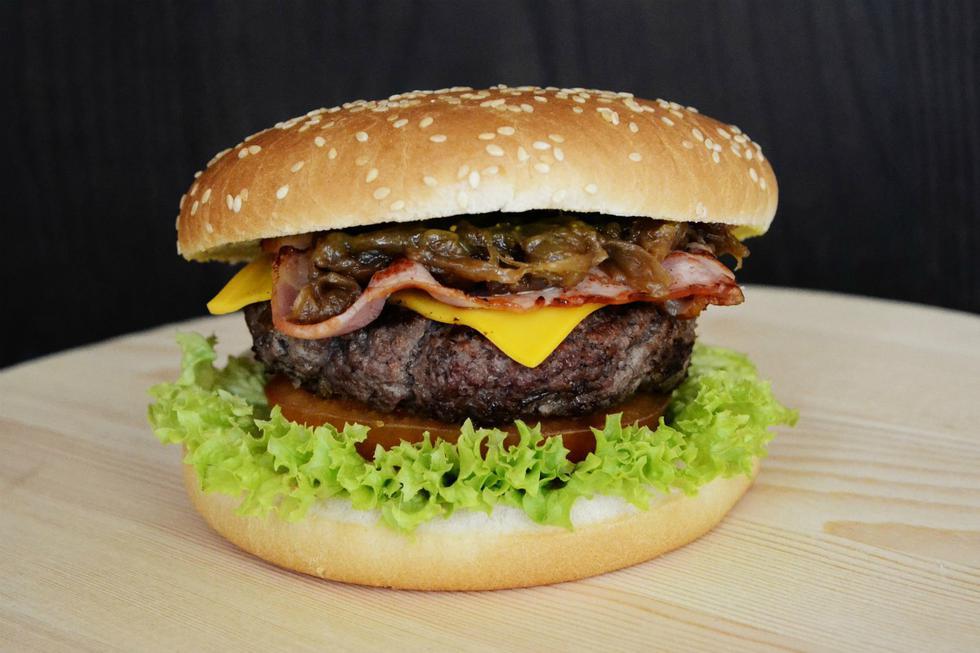Estos son los 5 errores que nunca debes cometer cuando hagas tus hamburguesas caseras. (DanaTentis   Flickr)