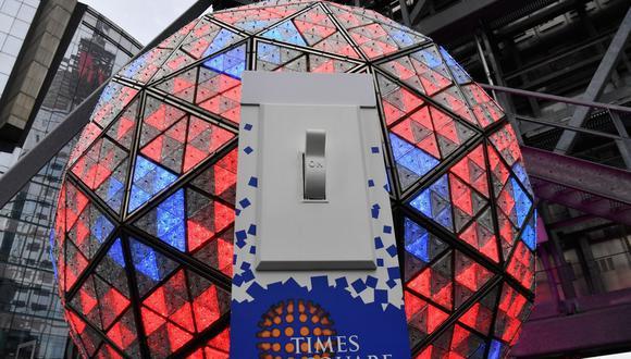 La bola de Times Square recibirá el 2021 sin público por el coronavirus. (Foto: Angela Weiss / AFP).