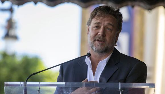 Russell Crowe arremete en Twitter contra reglas de aerolínea