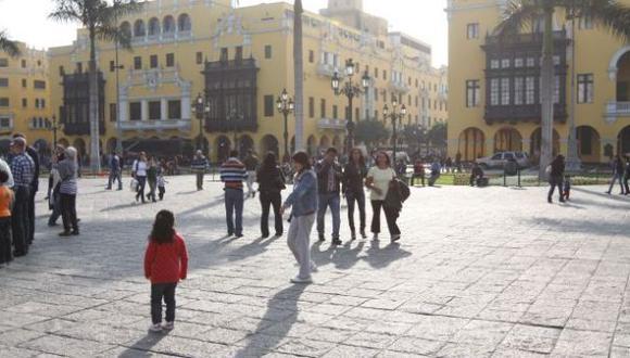 Lima soportó hoy uno de los días más calurosos de otoño