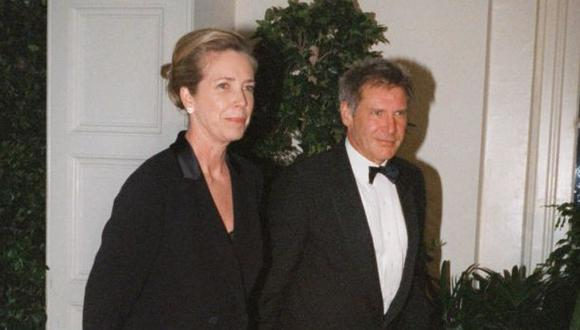 """Guionista de """"E.T"""" y ex esposa de Harrison Ford muere en L.A"""