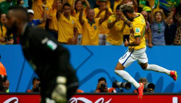 Brasil goleó 4-1 a Camerún y llegó a octavos de final
