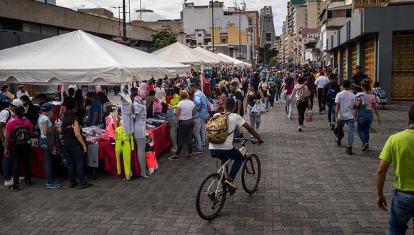 Sepa aquí a cuánto se cotiza el dólar en Venezuela este 15 de diciembre de 2020. (Foto: EFE)