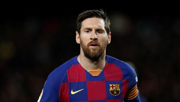 Barcelona, de la mano de Lionel Messi, se enfrentará el Napoli por la Champions League. REUTERS/Albert Gea