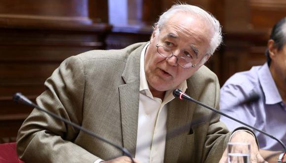 """Parlamentario Víctor Andrés García Belaunde dijo estar seguro de que el proyecto de irrigación Olmos """"es parte de la corrupción"""". (Foto: Congreso)"""