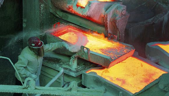 La minera enfrenta el desafío de cristalizar los llamados proyectos estructurales con que busca contrarrestar la caída de las leyes minerales de sus yacimientos. (Foto: Reuters)